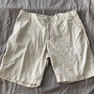 H&M cream tan shorts
